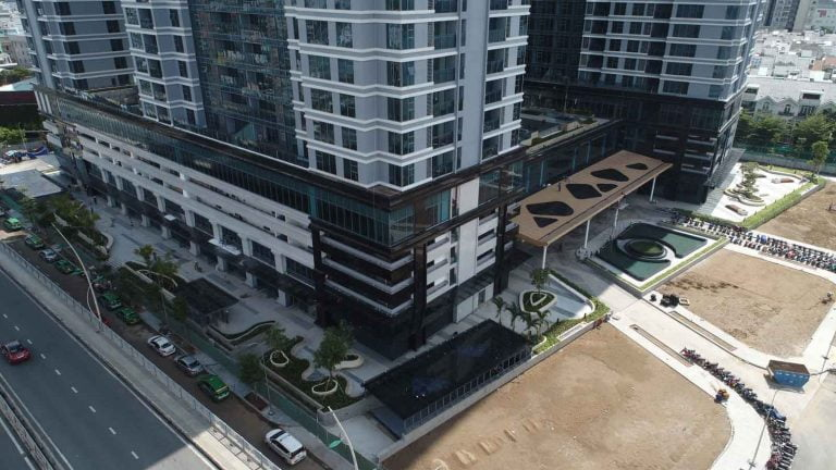 Hình ảnh thực tế khu Shophouse Sunwah Pearl tháng 9-2020