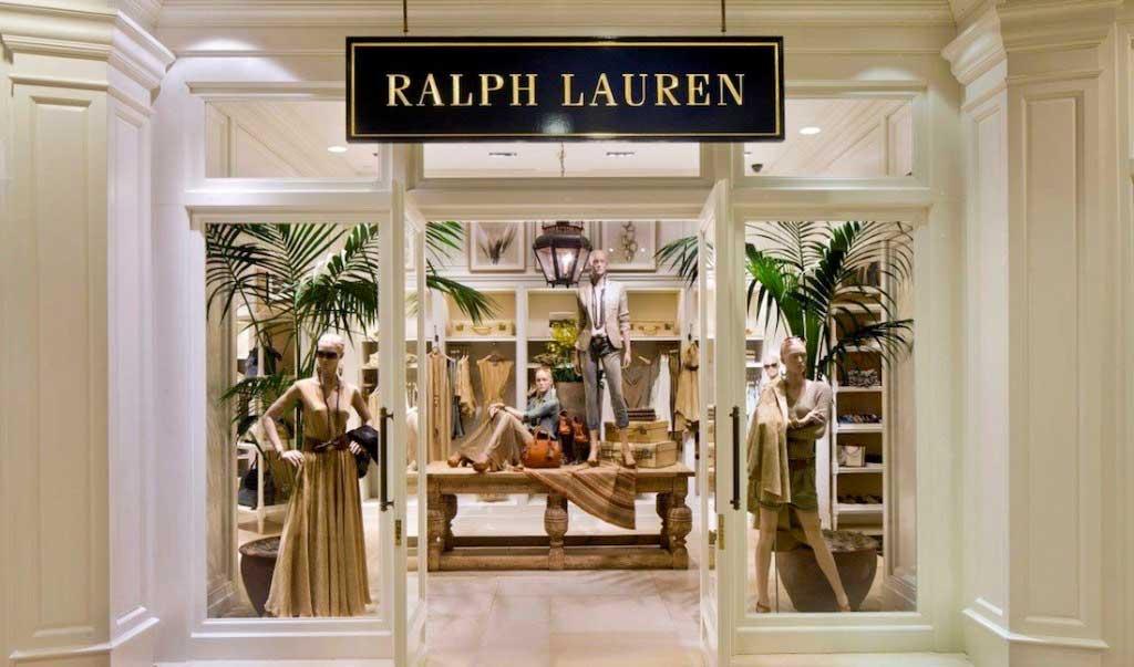 Hình chụp mặt ngoài cửa hàng Ralph Lauren tại Vincom Center A