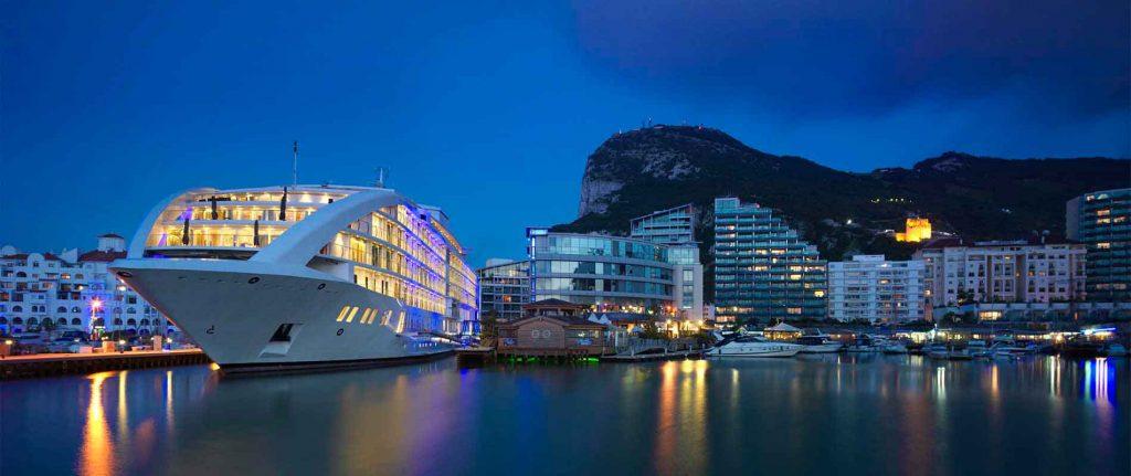 Hình ảnh thực tế về 1 hạm đội khách sản nổi Sunborn Gibraltar